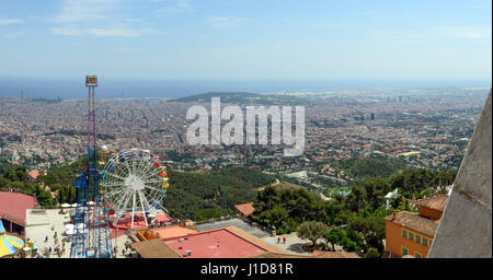 High angle panoramic view of Barcelona towards sea from middle view point on Temple of Sacred Heart of Jesus (Expiatori - Stock Photo