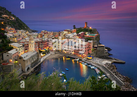 Vernazza is one of the five towns that make up the Cinque Terre region, located in the province of La Spezia, Liguria. - Stock Photo