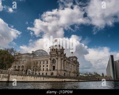 River Spree and bridge in front of the german Chancellery (Bundeskanzleramt) in Berlin - Stock Photo