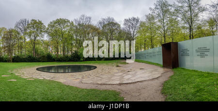 Memorial to the Sinti and Roma Victims of National Socialism, Berlin, Germany - Stock Photo