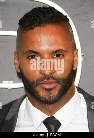 Los Angeles, CA, USA. 20th Apr, 2017. Ricky Whittle at arrivals for AMERICAN GODS Series Premiere on Starz, ArcLight - Stock Photo