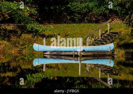 smoky mountains North Carolina lakes autumn - Stock Photo