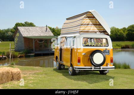 1979 Bay WIndow VW Volkswagen camper van, type 2 micro bus - Stock Photo