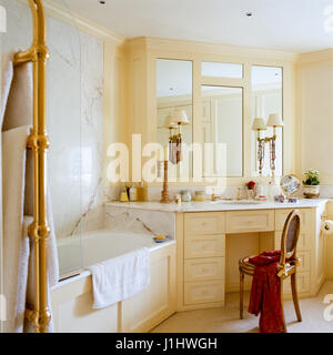 Neutral toned bathroom. - Stock Photo