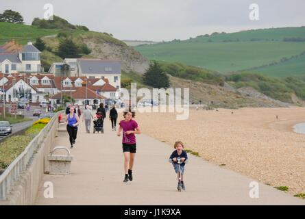 Weymouth, Dorset, UK. 22nd Apr, 2017. Families out enjoying a overcast but bright day with a temperature of 13°C. - Stock Photo