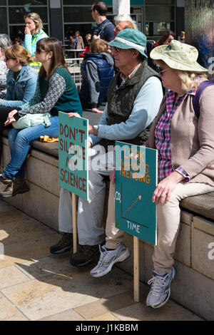 Bristol, UK. 22nd Apr, 2017. Elderly couple rest their feet ahead of the march for science in Bristol Credit: Rob - Stock Photo
