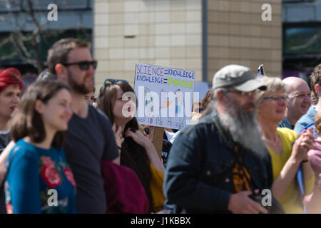Bristol, UK. 22nd Apr, 2017. Banner in the crowd 'Science is Knowledge, Knowledge is power' Credit: Rob Hawkins/Alamy - Stock Photo