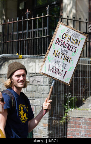 Bristol, UK. 22nd Apr, 2017. Banner in the crowd on the March for Science Credit: Rob Hawkins/Alamy Live News - Stock Photo