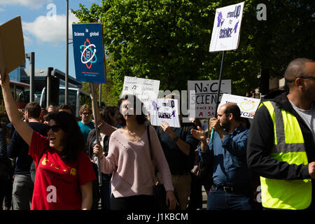 Bristol, UK. 22nd Apr, 2017. Hundreds of scientists and supporters from across the region join Bristol's March for - Stock Photo