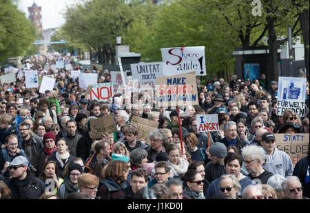 Berlin, Germany. 22nd Apr, 2017. Some 4000 protestors joined the 'March for Science' in Berlin, Germany, 22 April - Stock Photo