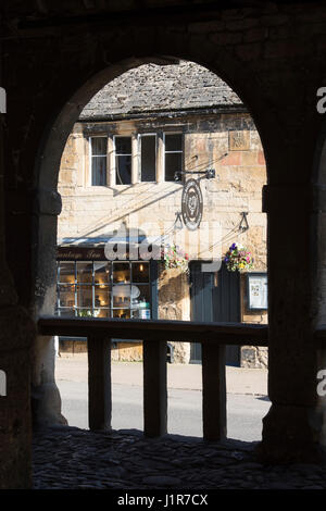 The bantam tea rooms looking through the market hall. Chipping Campden, Cotswolds, Gloucestershire, England - Stock Photo