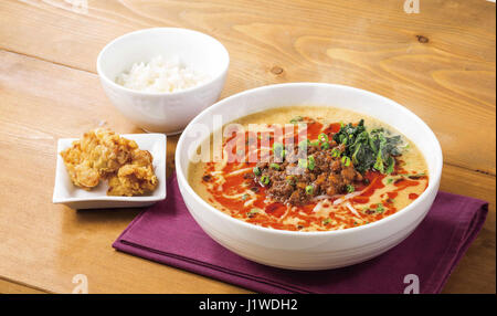 Noodle beef soup with plain rice and fried chips - Stock Photo