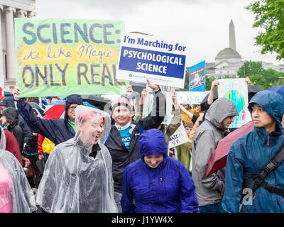 Washington DC, USA. 22nd April, 2017. A scene from the March for Science in Washington DC, 22 April 2017 Credit: - Stock Photo