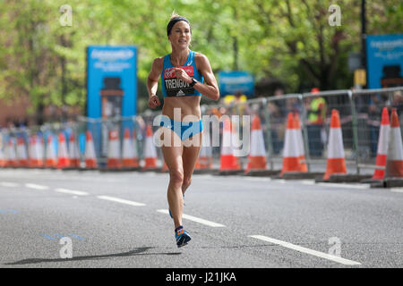 London, UK. 23rd April, 2017. Jessica Trengove of Australia, who finished 10th in the women's event, runs through - Stock Photo