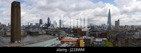 London panoramic skyline including Tate Modern, the financial district and the Shard. - Stock Photo