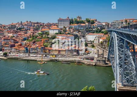 Portugal, Region Norte, Porto, view from Vila Nova de Gaia across the Douro River towards Dom Luís I Bridge and - Stock Photo