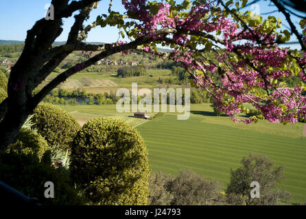 The Dordogne valley from the Gardens at the Château de Marqueyssac - Stock Photo