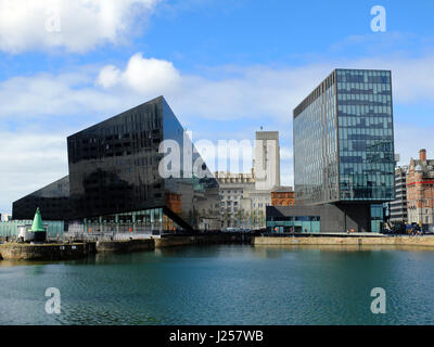Liverpool's historic waterfront and dock - Stock Photo