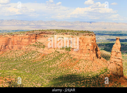 The rock formation Independence Monument and Monument Canyon as part of the Colorado National Monument. In the back - Stock Photo
