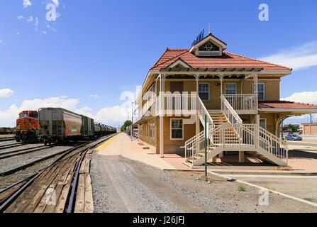 bnsf freight train engine  arizona usa stock photo royalty  image  alamy