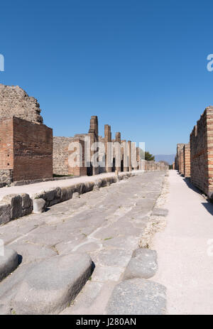 Street of Abundance, the main street in Pompeii - Stock Photo