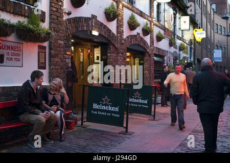 The duke of York pub in the cathedral quarter, Belfast, Northern Ireland, UK. Most Historical Pubs in Belfast. No - Stock Photo