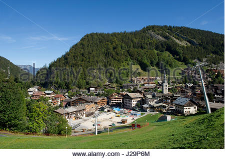 France, Eastern France, mountain range of the Aravis, La Clusaz, general view and mountaine of the Perriere - Stock Photo