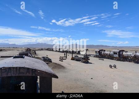 Bolivia, Departamento de Potosí, Uyuni, In Uyuni (3600 m asl) there is the legendary train cemetery - Stock Photo