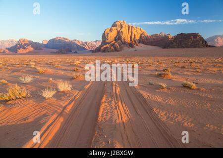 Tracks in the desert, Wadi Rum, Jordan - Stock Photo