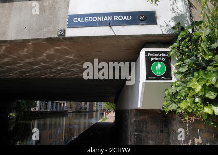 Caledonian Road Islington Stock Photo Royalty Free Image 62340727 Alamy