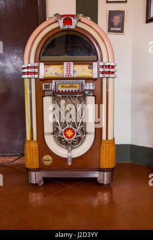 Vintage Wurlitzer Jukebox Stock Photo: 61777139 - Alamy