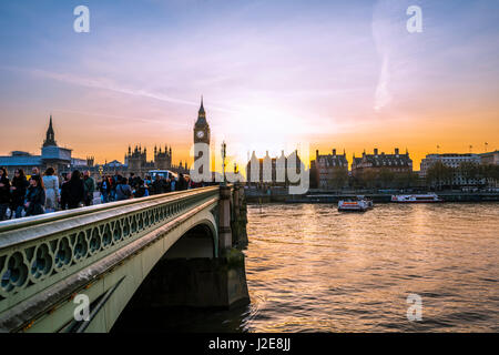 Big Ben, dusk, evening light, sunset, Houses of Parliament, Westminster Bridge, Thames, City of Westminster, London - Stock Photo