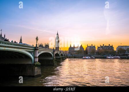 Big Ben, dusk, evening light, sunset, Houses of Parliament, Westminster Bridge, Thames, City of Westminster, London - Stock Photo