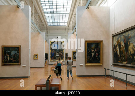 France, Rhone-Alpes, Lyon. Interior of a large paintings gallery, Musee des Beaux Arts - Stock Photo