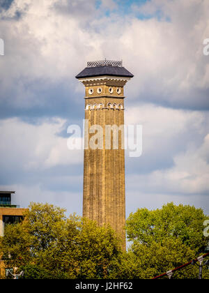 Tall brick chimney, a part of Bazalgette's Western Pumping Station for Sewage, Chelsea, London, UK. - Stock Photo