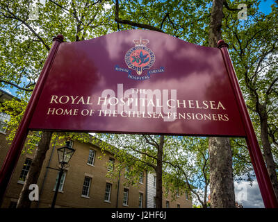 Royal Hospital Chelsea, home of the Chelsea Pensioners London, UK. - Stock Photo
