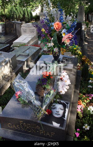 The grave of Edith Piaf, the famous French singer who died in 1963, in Pere Lachaise Cemetery, Paris, France. - Stock Photo