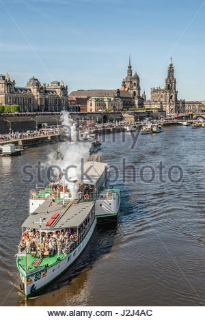 Annual steam ship parade on Elbe River, Dresden, Saxony, Germany | Jaehrliche Dampferparade, Elbe, Dresden, Sachsen, - Stock Photo