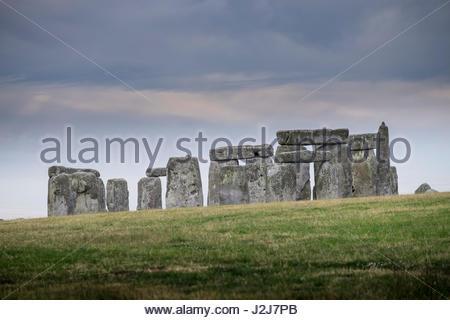 Standing stones set in a ring at Stonehenge prehistoric Bronze Age monument, Stonehenge World Heritage Site, Wiltshire, - Stock Photo