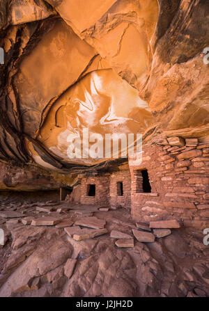 Indian Ruins in Road Canyon, Cedar Mesa area, Utah. Bears Ears National Monument. - Stock Photo