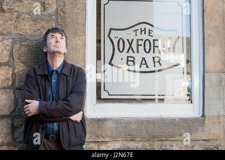 Photographer Ian Georgeson, 07921 567360 Author Ian Rankin, Oxford Bar, Rather be The Devil - Stock Photo