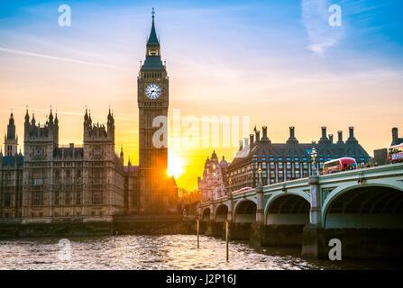 Big Ben backlit, Sunset, Houses of Parliament, Westminster Bridge, Thames, City of Westminster, London, London region, England