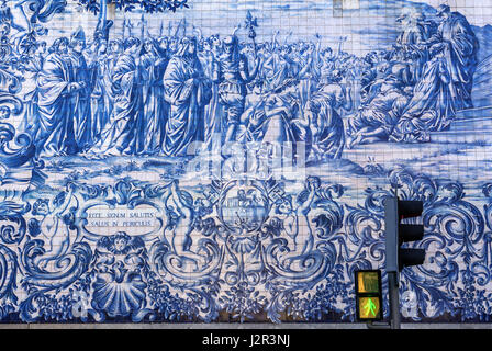 Azulejo facade of Carmo Church (Igreja do Carmo) in Vitoria civil parish of Porto city on Iberian Peninsula, second - Stock Photo