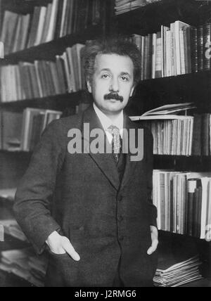 Albert Einstein theoretical physicist 1916 - Stock Photo