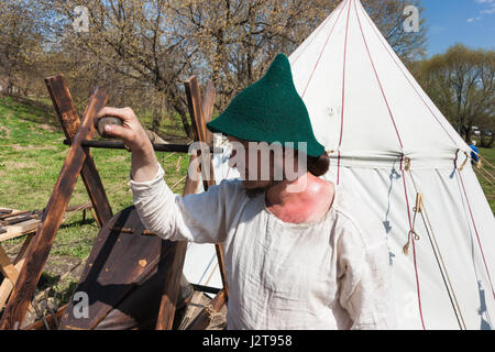 Moscow, Russia. 30th Apr, 2017. Medieval festival and International Saint George spear running take place at Kolomenskoe - Stock Photo