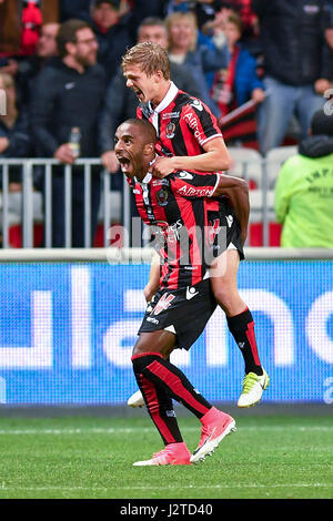 Nice. 30th Apr, 2017. Players from OGC Nice celebrate the goal during the French Ligue 1 soccer match with Paris St Germain in Nice, France on April 30, 2017. OGC Nice won 3-1. Credit: Chen Yichen/Xinhua/Alamy Live News