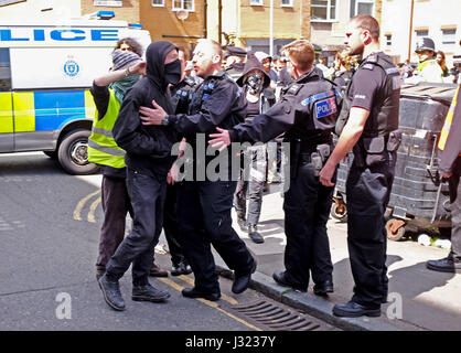 Brighton, UK. 2nd May, 2017. Squatters face up to police at the University of Brighton Circus Street building . - Stock Photo