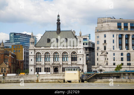 60 Victoria Embankment, London EC4, offices of JP Morgan, by the Blackfriars Millennium Pier on the River Thames - Stock Photo