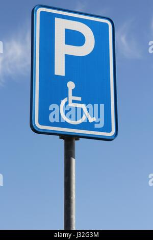 Dutch road sign: parking for disabled drivers - Stock Photo