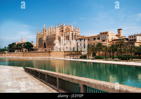 Park de la Mar against La Seu, The gothic medieval cathedral of Palma de Mallorca, Spain. The Cathedral of Santa - Stock Photo